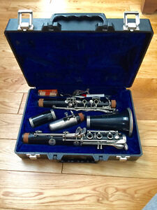 Buffet Bb Clarinet w/ B46 Mouthpiece - Great for Students!
