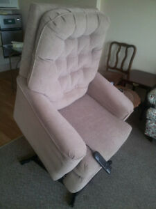 Power Recliner Chair - Beige - Great condition.
