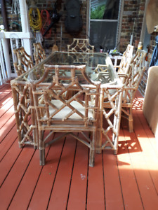 Patio / Solarium Dining  table  and 6 chairs - bamboo