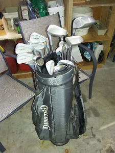 Right handed macgregor performer golf club set