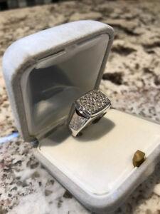 Gent's 14kt White Gold Diamond Ring