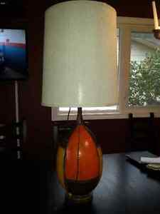 Vintage 1970's Table Lamp