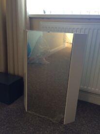 White corner mirror cabinet