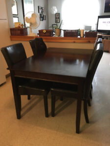 Kitchen table and 4 chairs, dark wood