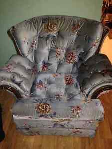 Couch/Love Seat/Chair - $50 St. John's Newfoundland image 3