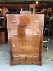 4 Drawer Tall Boy Dresser