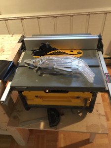 Table saw,  Belt/Disc Sander, Mitre saw + Free workbench