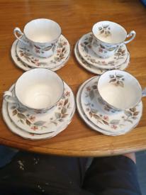 Royal Alderney tea set 4 place Beechwood