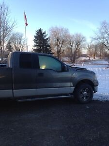 2005 Ford F-150  parts