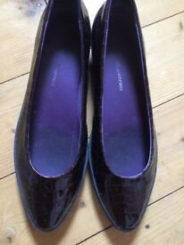 Patent brown ladies shoes