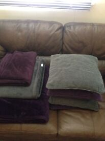 Throws and 4x cushions 3x small varses