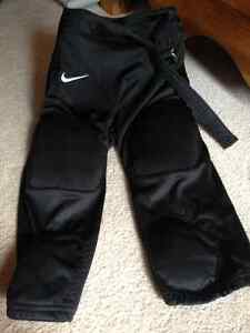 Football pants black size xl youth Nike