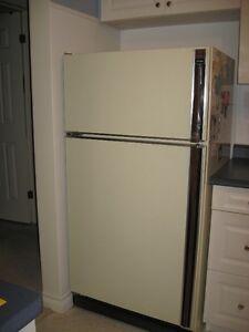 "30"" GE refrigerator, stove and range hood, beige color"