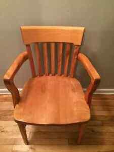 chaise Henderson Saint Lambert
