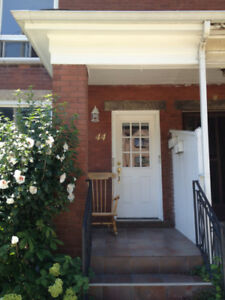 Unique Two Bedroom Apartment near Locke - Viewing SUNDAY