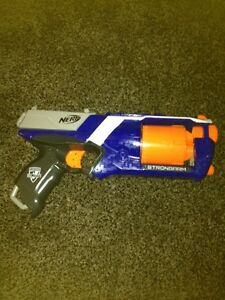 Cheap nerf (STRONGARM) gun Kawartha Lakes Peterborough Area image 1