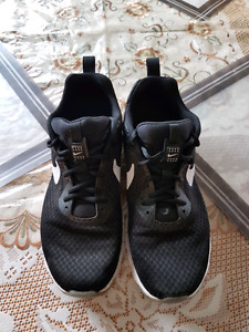 Men's Nike Air, size 9.5