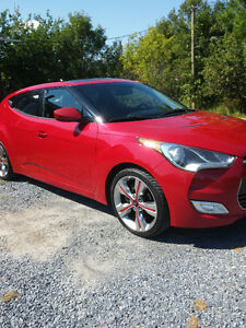2012 Hyundai Veloster Tech Package Coupe (3 door)
