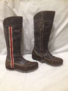 Funky Tall Brown Blackstone Luxury Leather Boots 36M