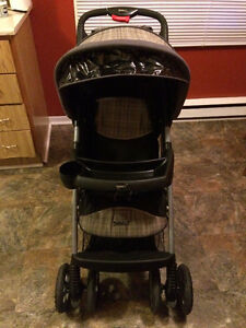 Great Condition-1 Hand Fold Unisex Stroller, Compact , Folds