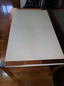 White gloss table copper edges