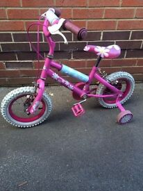 Girls Bicycle - 12 inch wheels 8 inch frame with matching stabilisers - Stephanie - stabilizers
