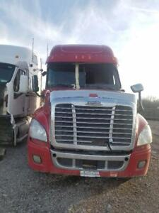 2013 Freightliner Cascadia  CAB for parts