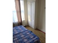 Spacious Double Room Available In East Ham-10 min To Station-£600pm
