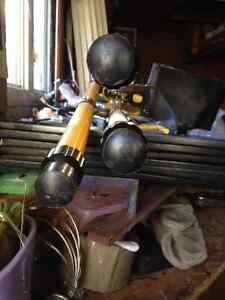 TRIPOD WORK LIGHT like new condition used for my home reno $35 London Ontario image 4