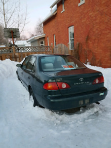 2005 toyota corolla - selling as is