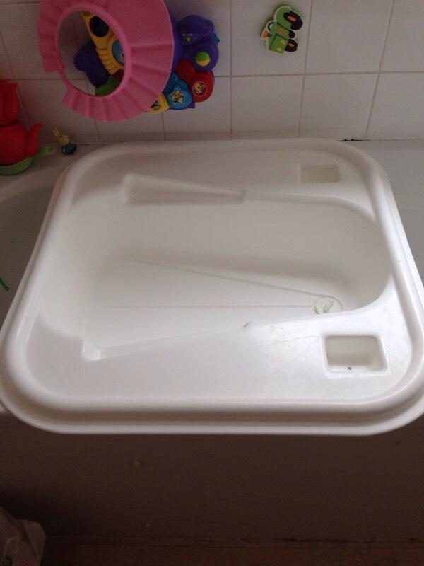 baby bath over bath tub in caversham berkshire gumtree. Black Bedroom Furniture Sets. Home Design Ideas