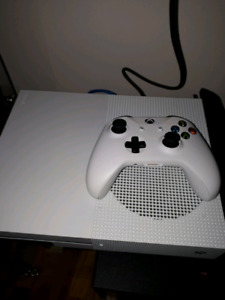 Xbox one S 500gb for trade against a new 2ds XL