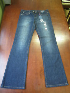 New Size 7 Tommy Jeans