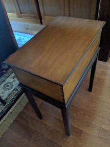 Ethan Allen Cherry Living Room Side Table with Storage
