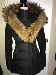 WOMENS MACKAGE ADALI with fur trimmed collar SIZE XS