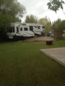 Lake Lot & Luxury 5th wheel Colesdale Park South Last Mountain L Regina Regina Area image 7