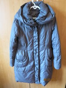 Women's coat. RW&Co. Made of grey canadian duck down.