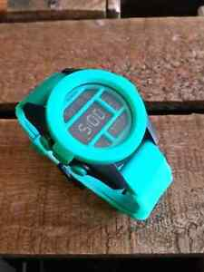 Unisex Nixon 'The Unit'(Teal blue) watch in 10/10 condition.