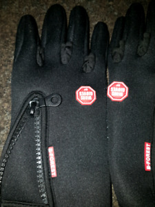 WOMEN'S BIKE GLOVES SIZE SMALL