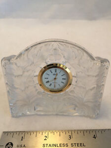 BRAND NEW - MIKASA Clock maple frost glass (for desk or table)