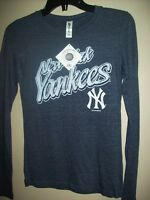 SIZE S NEW YORK YANKEES MLB WOMENS LONG SLEEVES TRIBLEND T-SHIRT City of Montréal Greater Montréal Preview