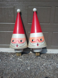 Pair of Antique Santa Clause Heads (Lights up)
