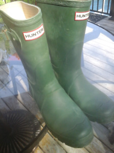 Army green Hunter boots -  size 7 1 / 2