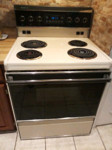 FREE Stove! MUST PICKUP TODAY!