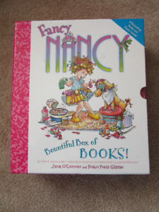 Fancy Nancy Bountiful Set of 6 Hard Cover Books in Case