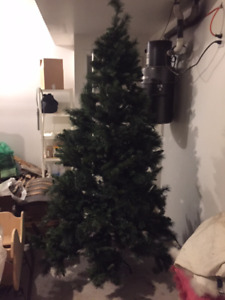Great artificial Xmas Tree - looks real