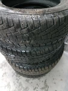 4 pneus d'hiver Continental extreme winter contact 195 65 15 e