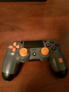 Limited Edition Black Ops 3 PS4 Controller (Needs Small Repairs)