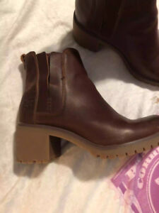 Size 8.5 Timberland boots