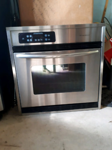 FRIGIDAIRE BUILT-IN CONVECTION OVEN 30 INCH